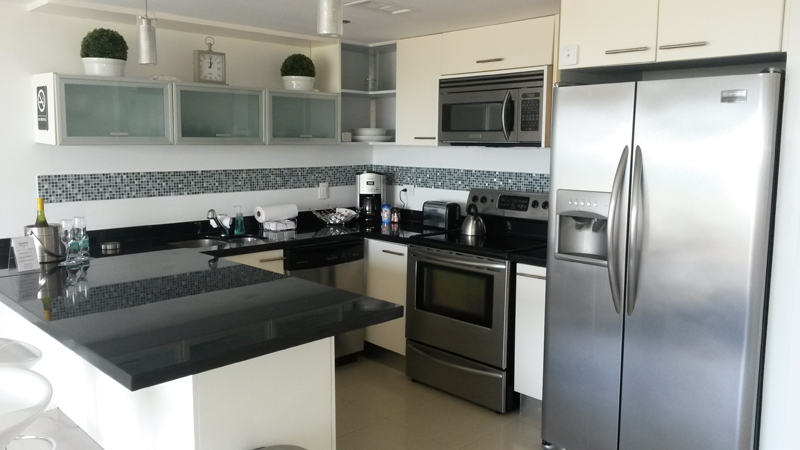Additional photo for property listing at Condo facing Ocean Eagle Beach, Aruba Aruba