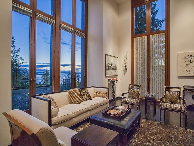 獨棟家庭住宅 為 出售 在 1217 Willard Avenue W Seattle, 華盛頓州, 98119 美國