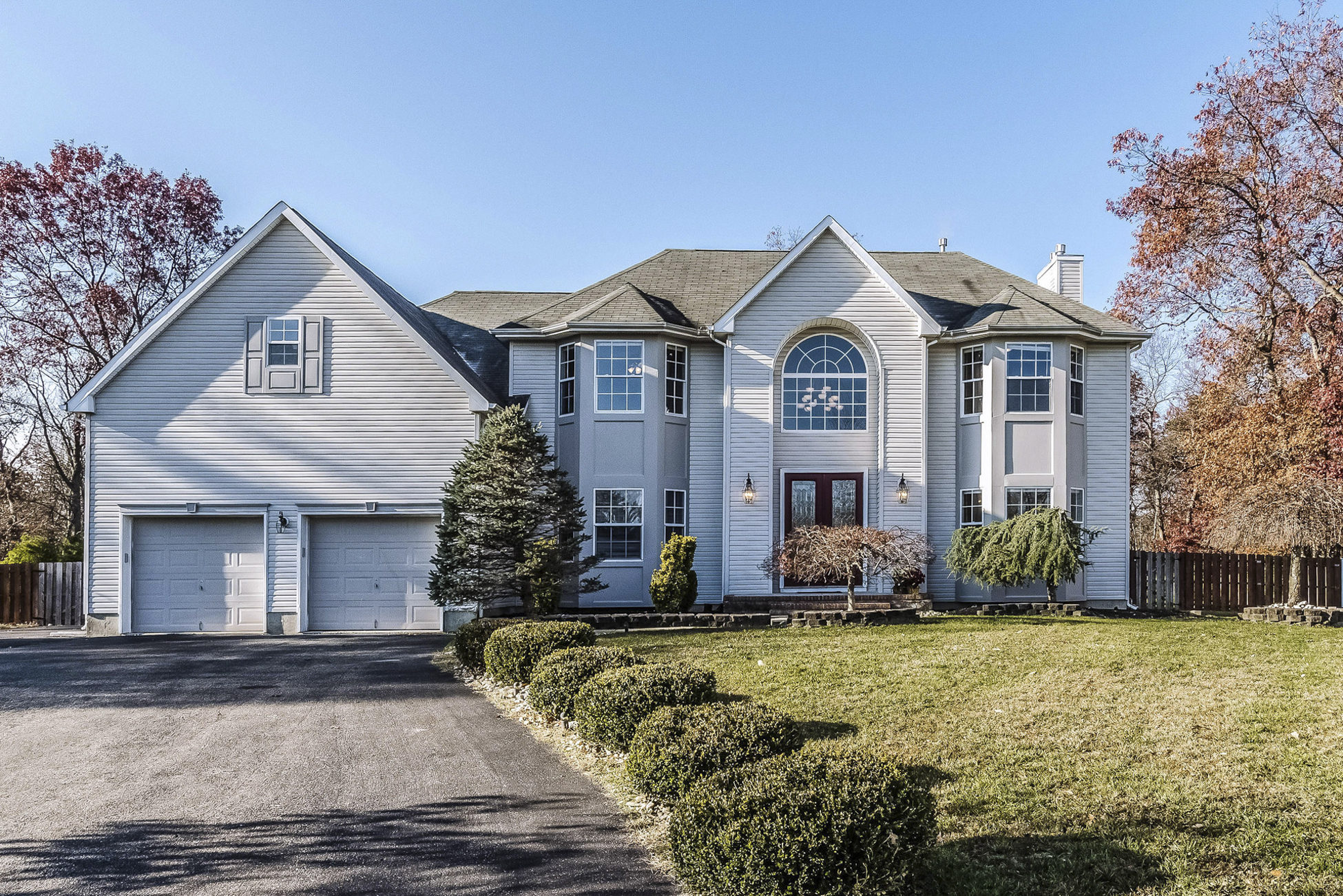 Single Family Home for Sale at Elegant Colonial 8 Mitchell Court Jackson, New Jersey 08527 United States