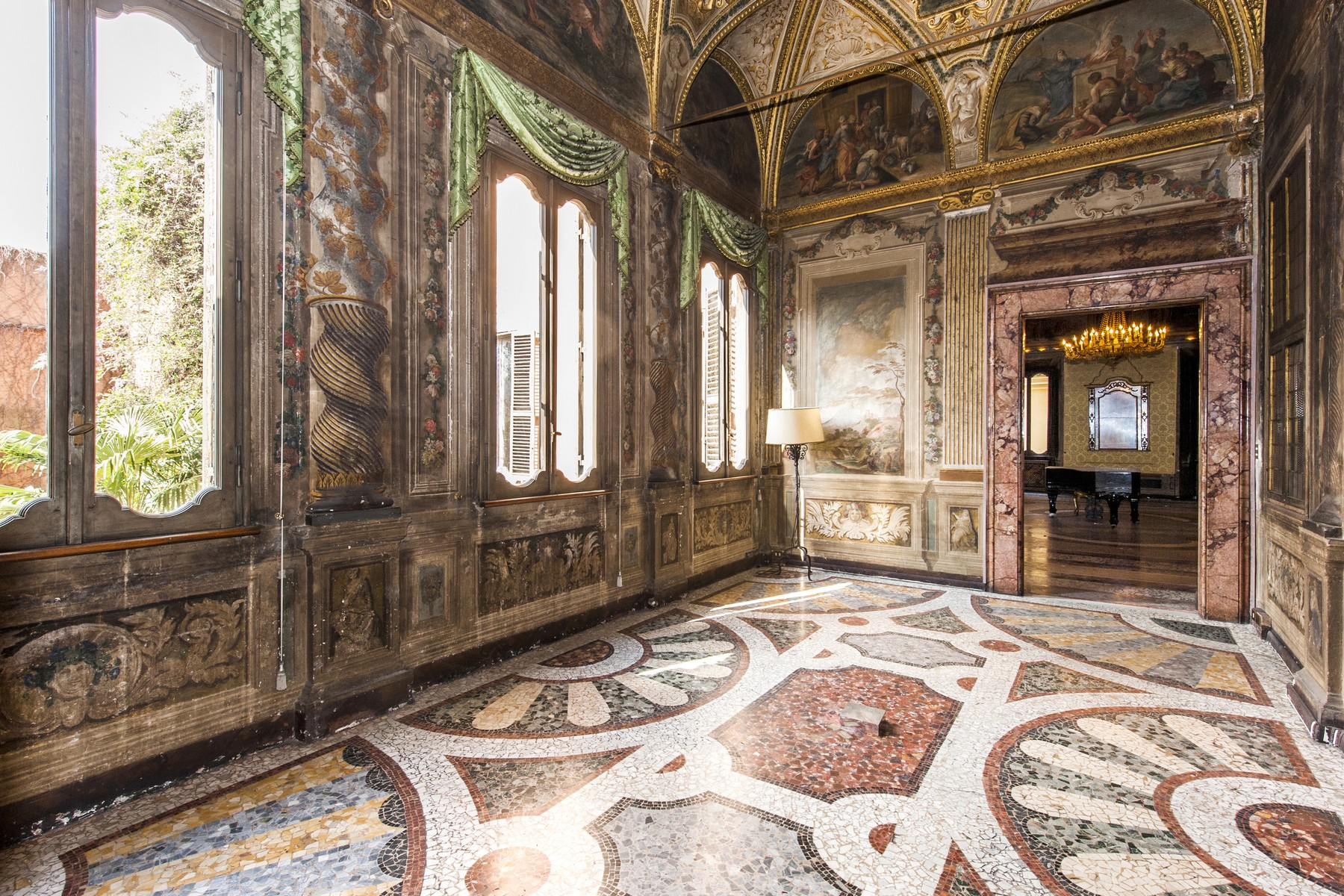 sales property at Palazzo Pecci Blunt at the Ara Coeli