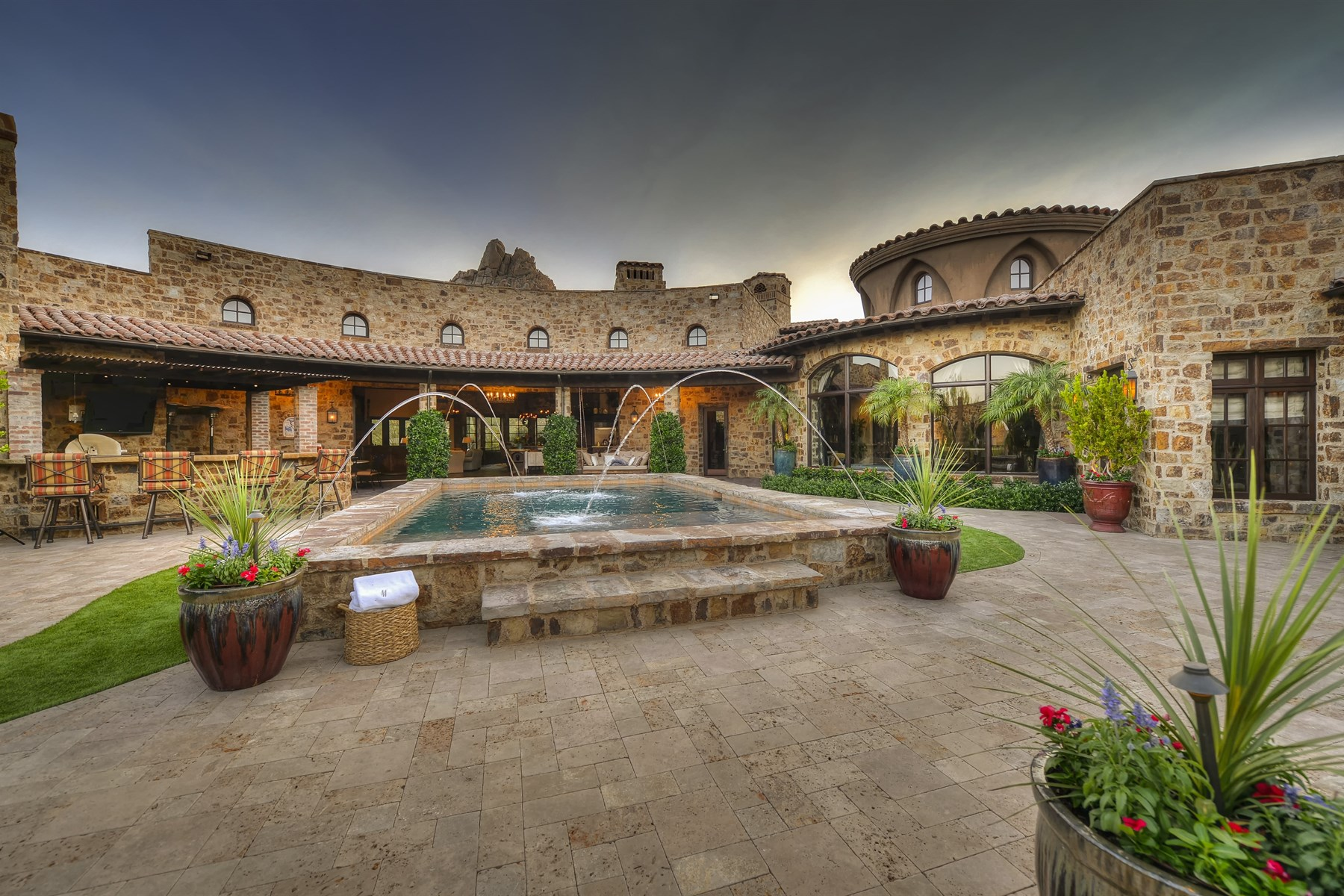 Property Of Stunning world class estate in Estancia