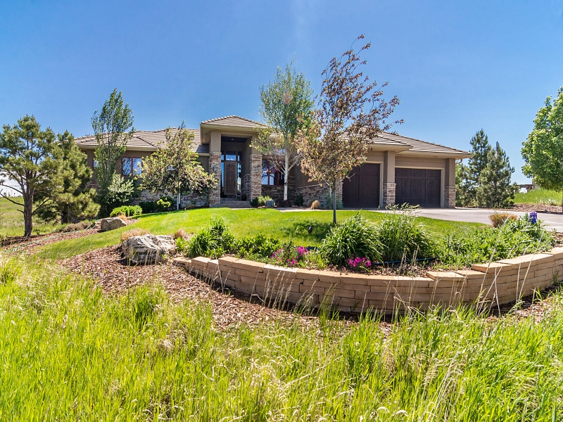 Single Family Home for Sale at One of the best sites in Pradera on 1.5 acres 5044 Starry Sky Way Parker, Colorado 80134 United States