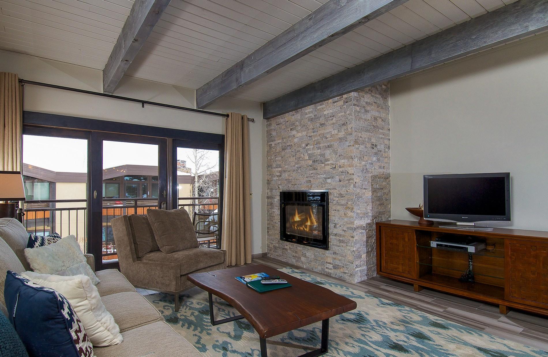 Eigentumswohnung für Verkauf beim Timberline D2B 690 Carriage Way D2B Snowmass Village, Colorado 81615 Vereinigte Staaten