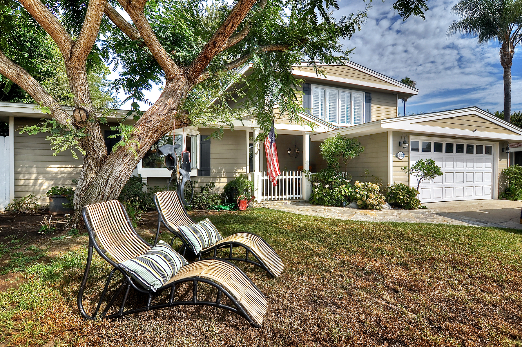 Maison unifamiliale pour l Vente à 2322 Private Rd Newport Beach, Californie 92660 États-Unis