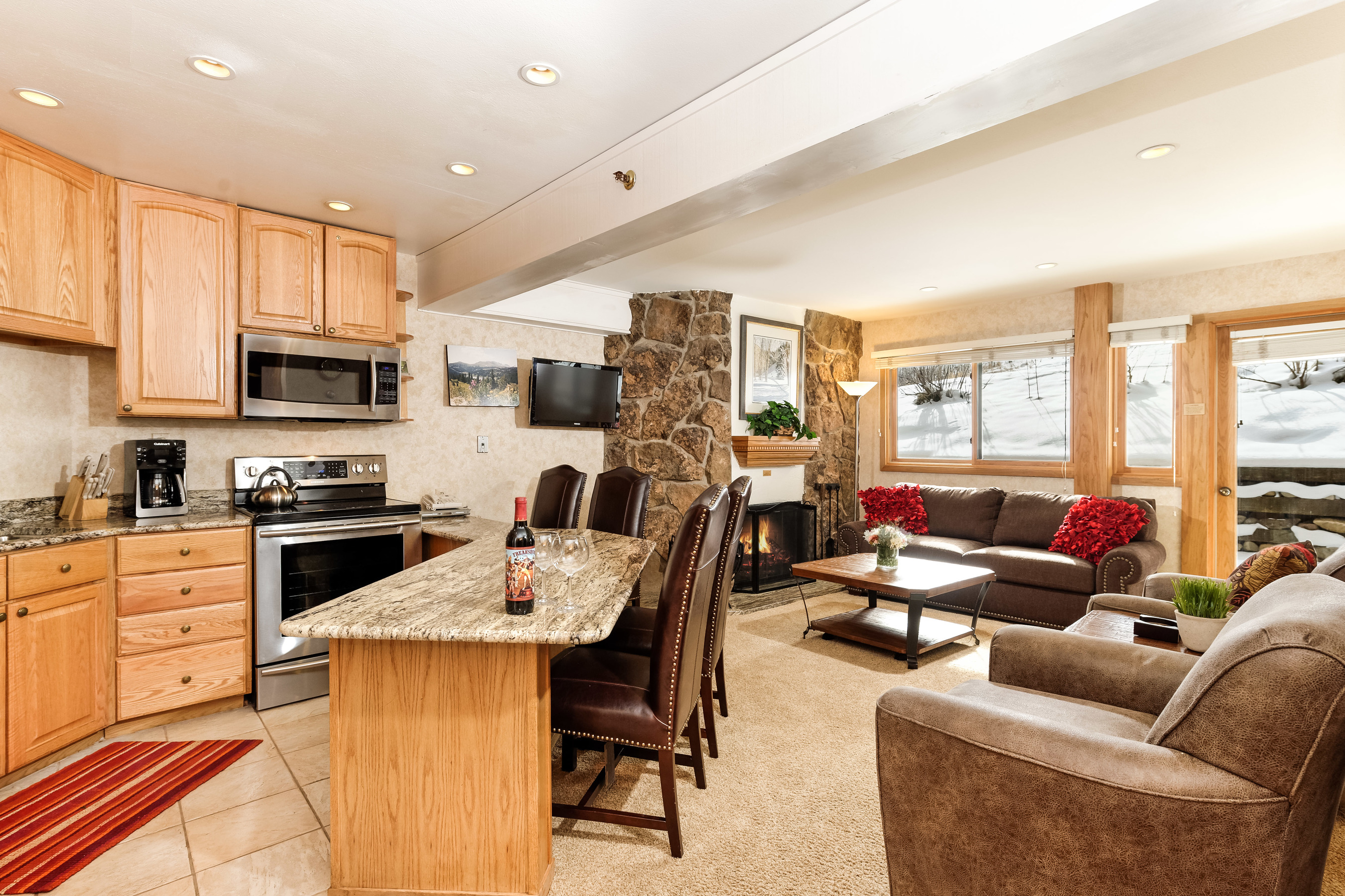 Piso por un Venta en Ski-In, Ski Out Premiere Studio 640 Carriage Way, Unit 404 Snowmass Village, Colorado, 81615 Estados Unidos