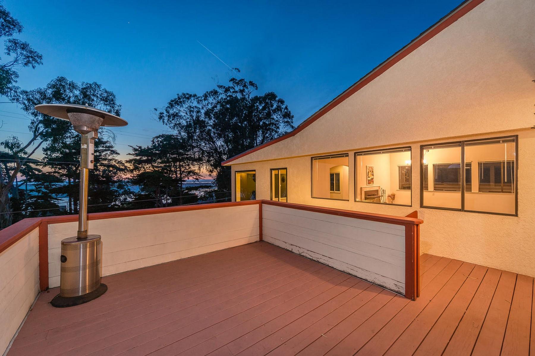 Maison unifamiliale pour l Vente à Bayview Living at its Finest 372 Main Street Morro Bay, Californie 93442 États-Unis