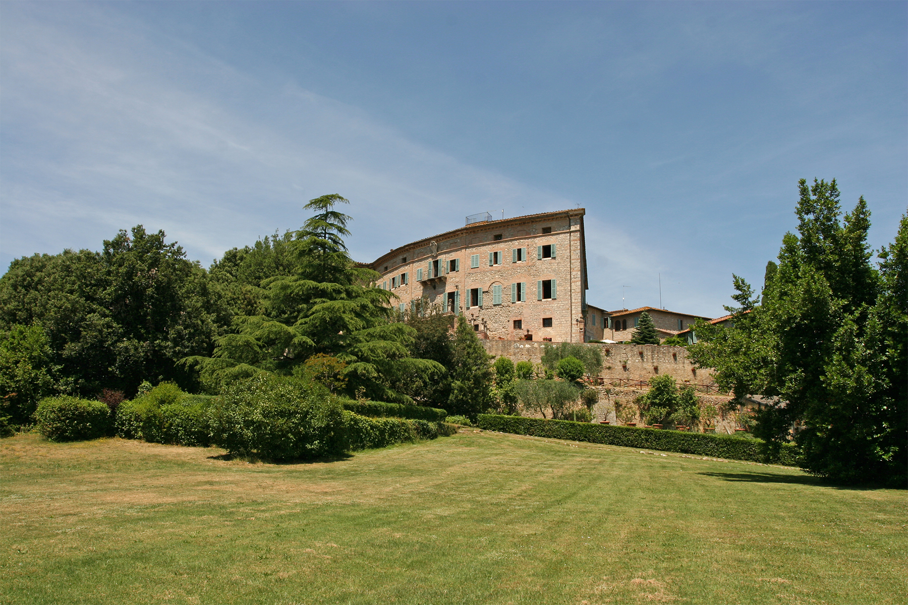 sales property at Splendid Castle near Siena