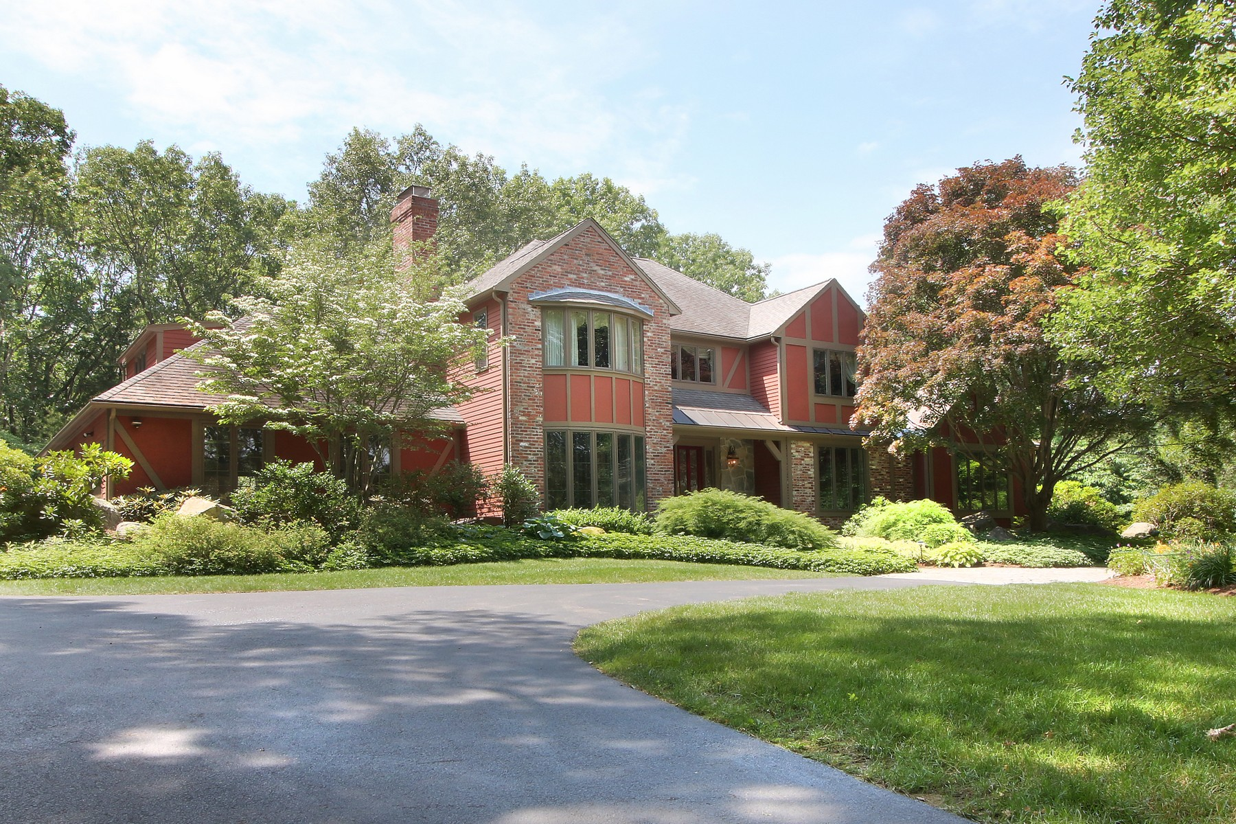 Single Family Home for Sale at Elegant Contemporary Style with Traditional Craftsmanship 9 Smith Hill Road Lincoln, Massachusetts 01773 United States