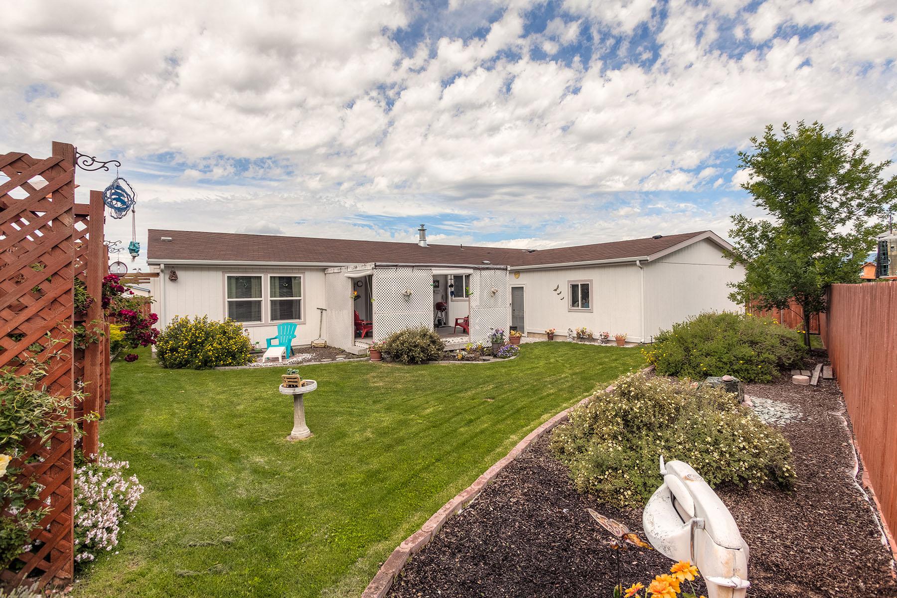 Casa Unifamiliar por un Venta en Post Falls Charmer 105 W Narcissus Ct Post Falls, Idaho, 83854 Estados Unidos