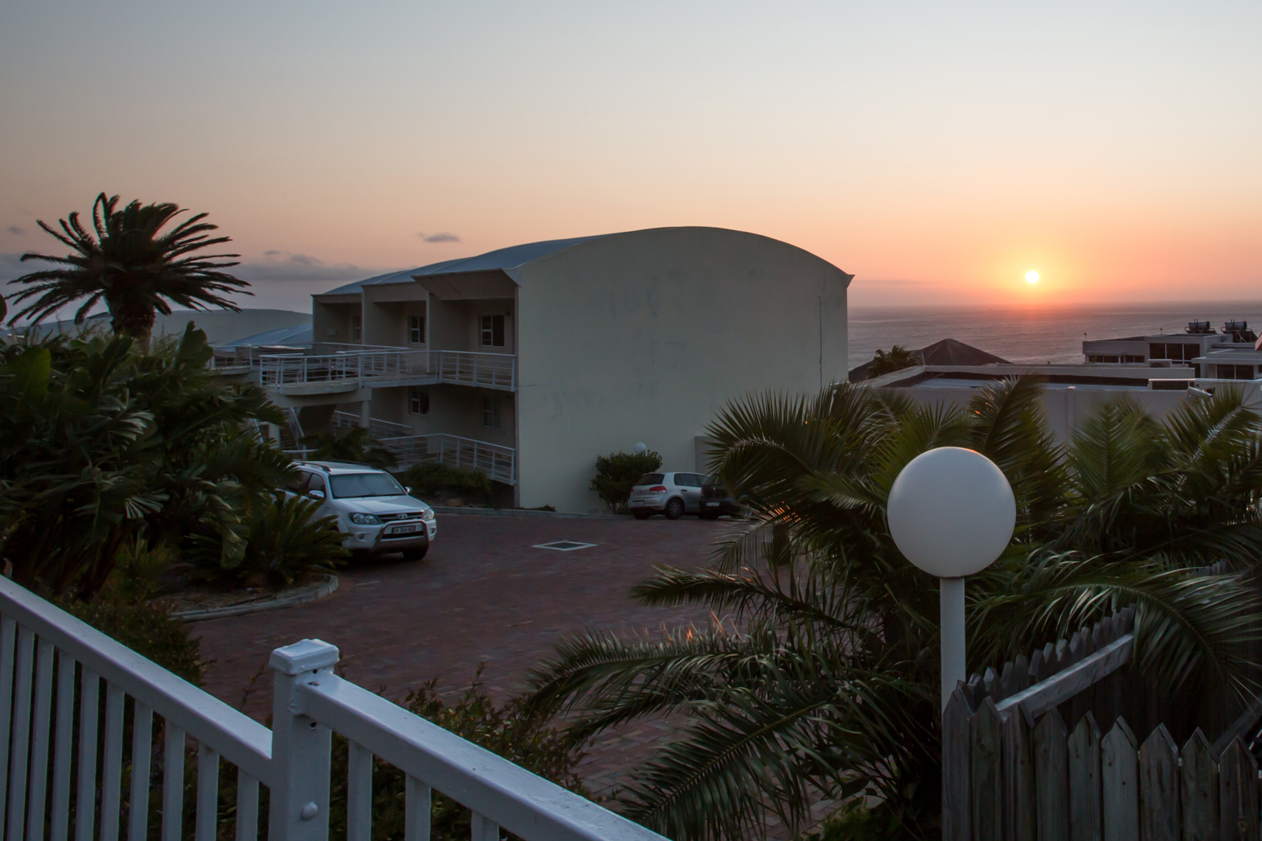 Single Family Home for Sale at STUNNING APARTMENT WITH OCEAN VIEWS Cape Town, Western Cape 0000 South Africa
