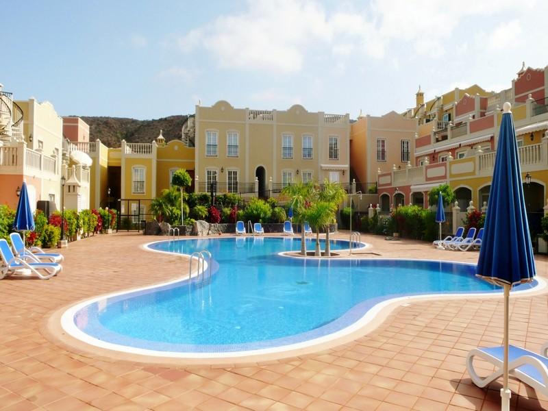 独户住宅 为 销售 在 Paraiso del Palmar Palm Mar, Tenerife Canary Islands 38632 西班牙