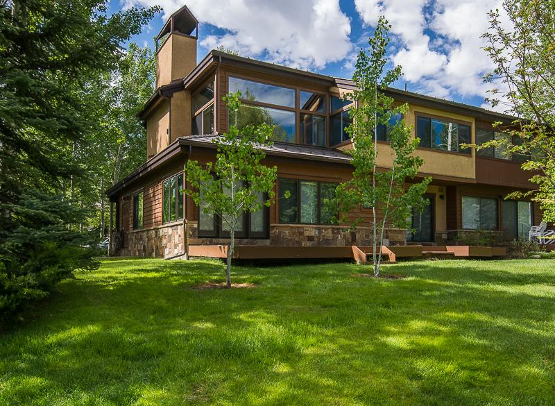 Condominio por un Venta en Country Club Townhomes II Unit: 50 65 Harleston Green #50 Snowmass Village, Colorado 81615 Estados Unidos