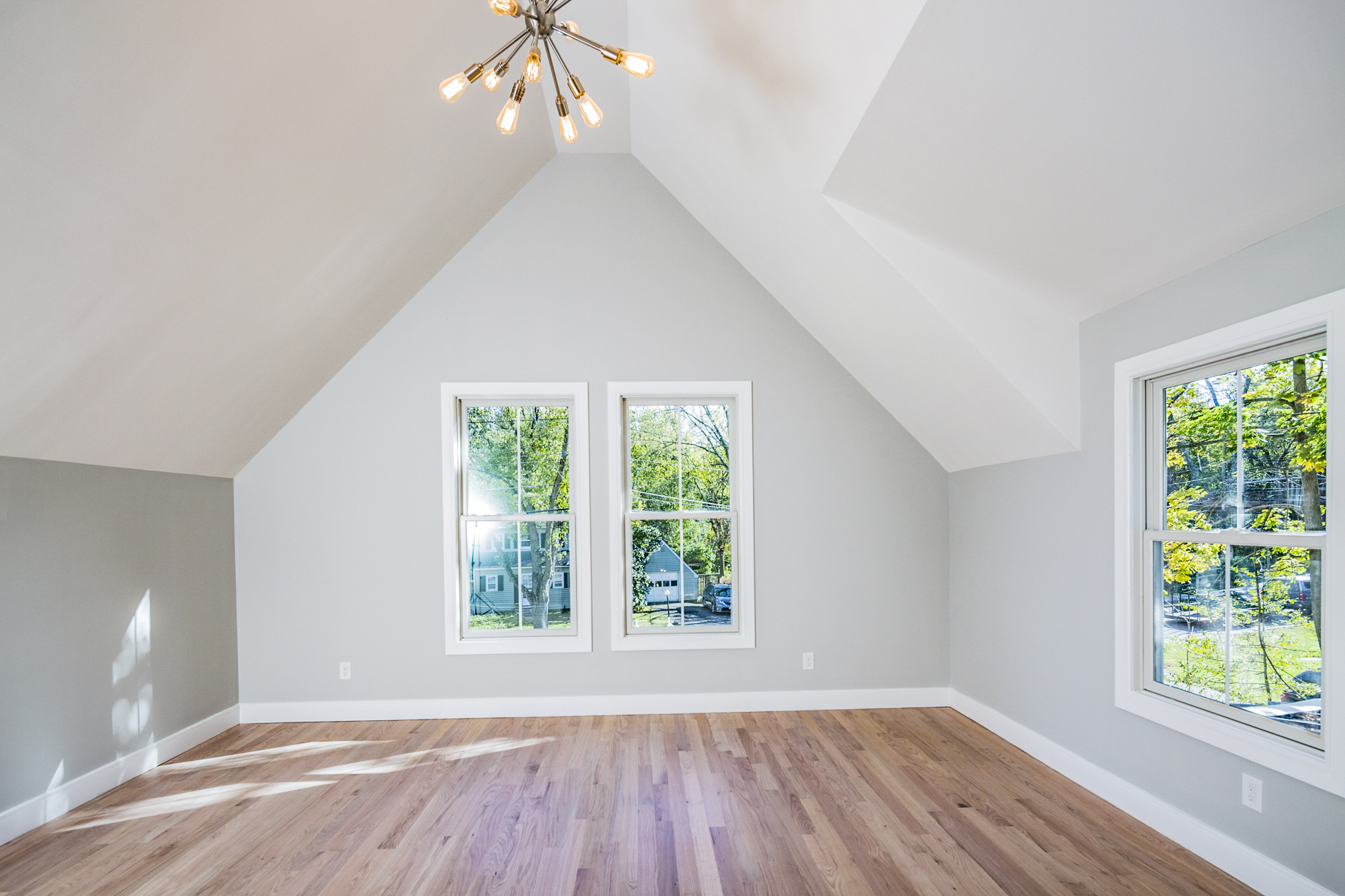 Additional photo for property listing at Beautiful New Construction Close to Downtown 12 Rollingmead Street Princeton, New Jersey 08540 États-Unis
