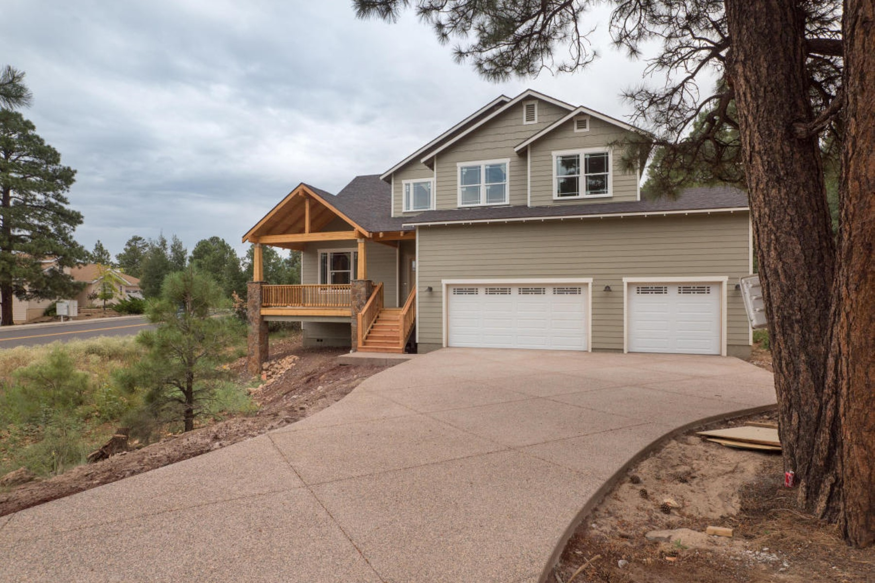 一戸建て のために 売買 アット Impressive Keepsake home by Holdsworth Construction sits on 3 acres. 3569 W Kiltie LN Flagstaff, アリゾナ 86005 アメリカ合衆国