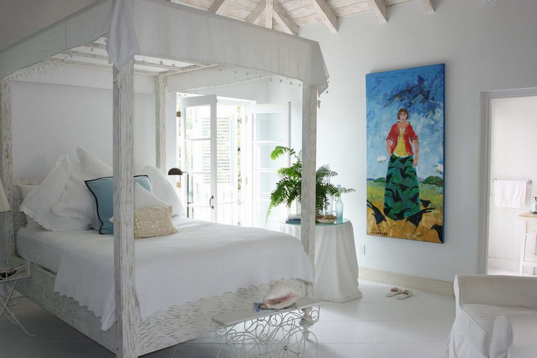 Additional photo for property listing at Coral House   Vacation Rental Beachfront Grace Bay, Провиденсьялес TCI BWI Теркс И Кайкос