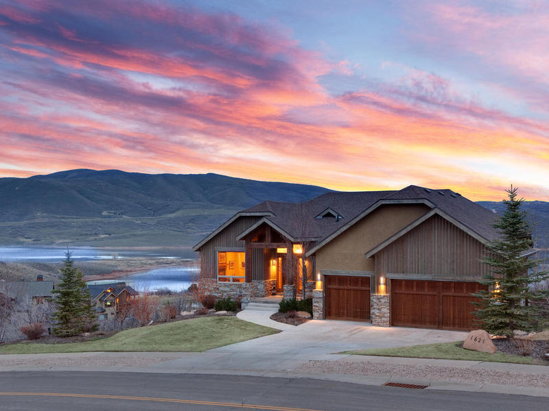 Moradia para Venda às Extraordinary Jordanelle Views! 1629 Alpine Ave Heber City, Utah 84032 Estados Unidos