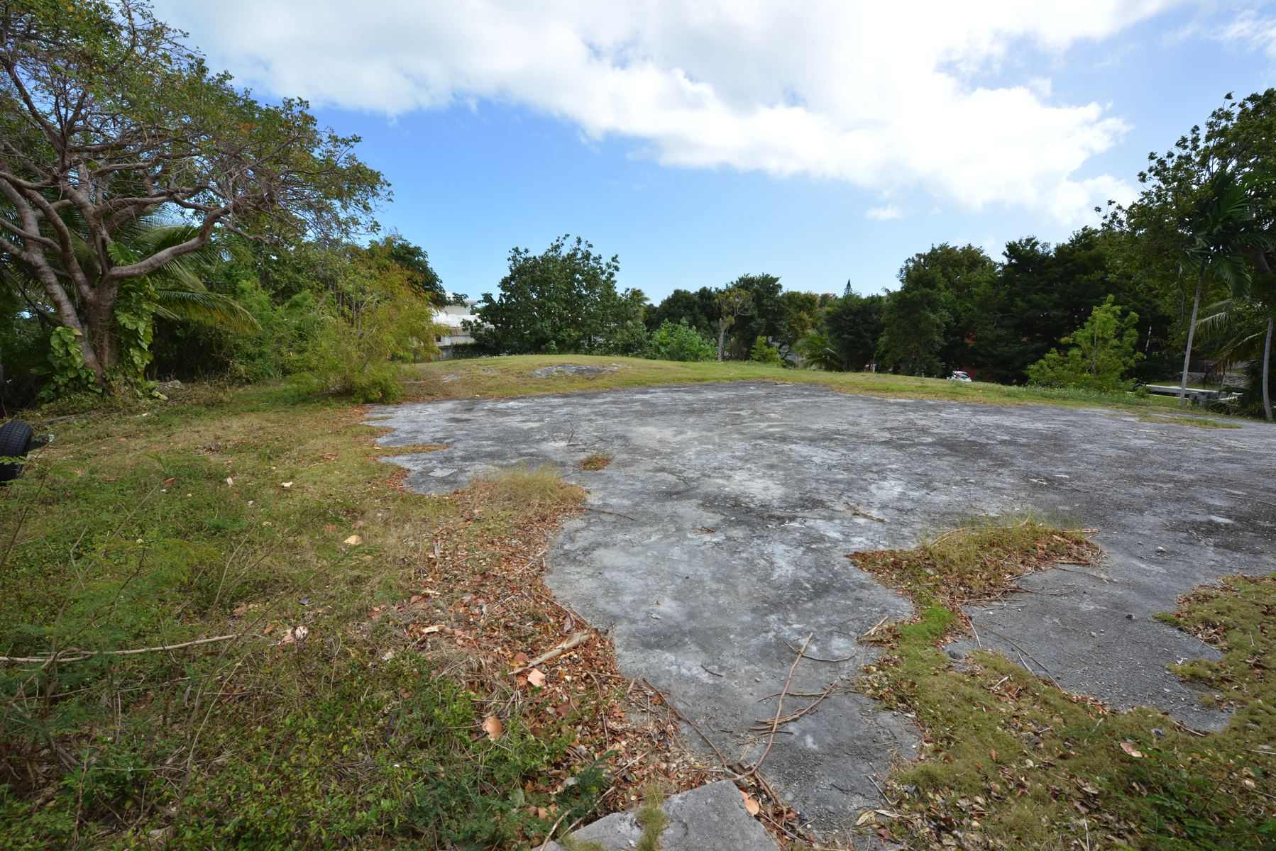 Additional photo for property listing at Beachfront Lot off Eastern Road Eastern Road, Nassau And Paradise Island Bahamas