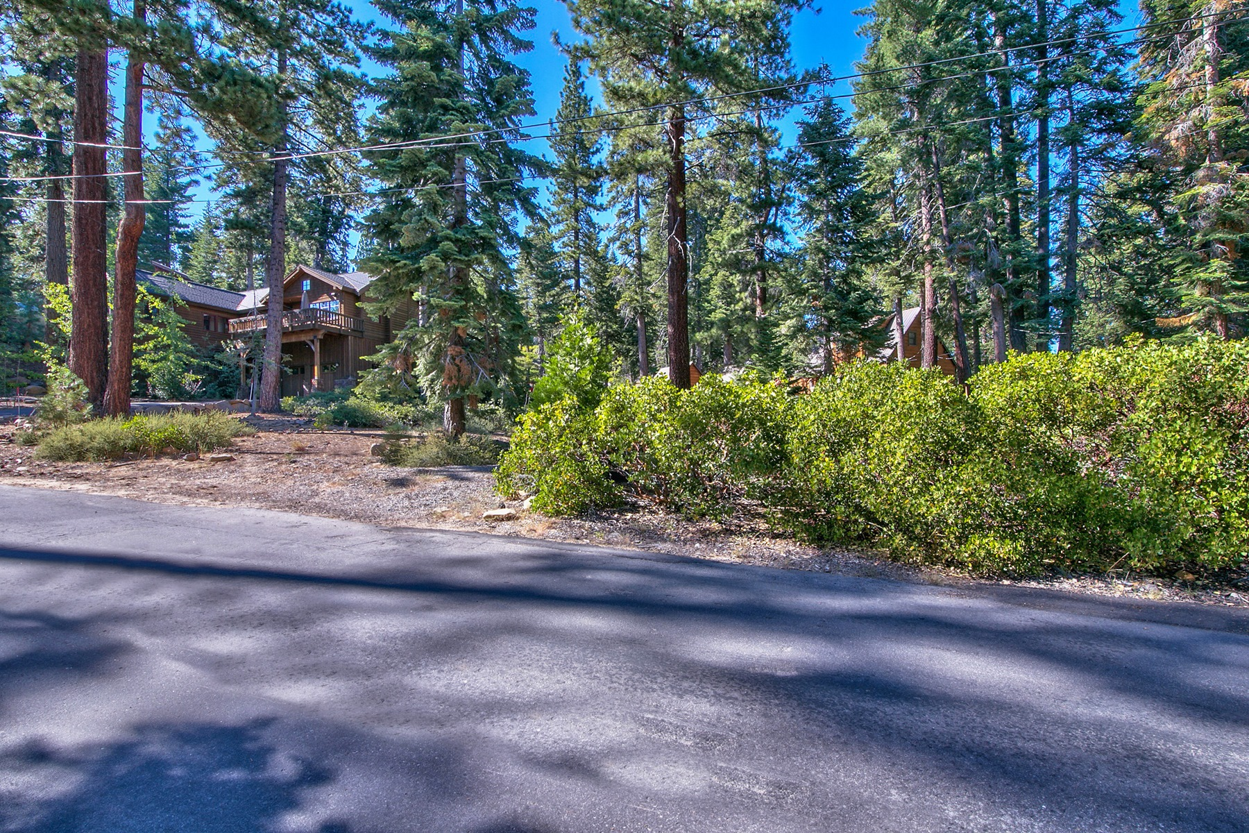Additional photo for property listing at 330 Olive Street  Carnelian Bay, California 96140 United States