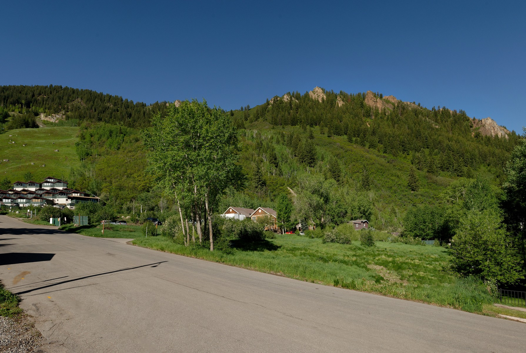 Additional photo for property listing at One Aspen TBD S. Aspen Street #13 Aspen, Colorado 81611 United States