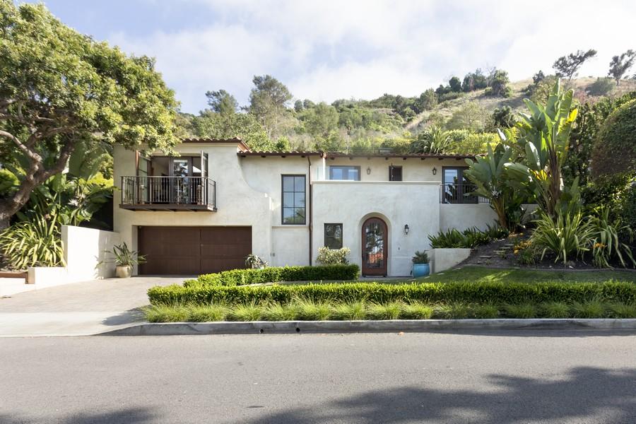 Villa per Vendita alle ore 2320 Via Pinale Palos Verdes Estates, California 90274 Stati Uniti