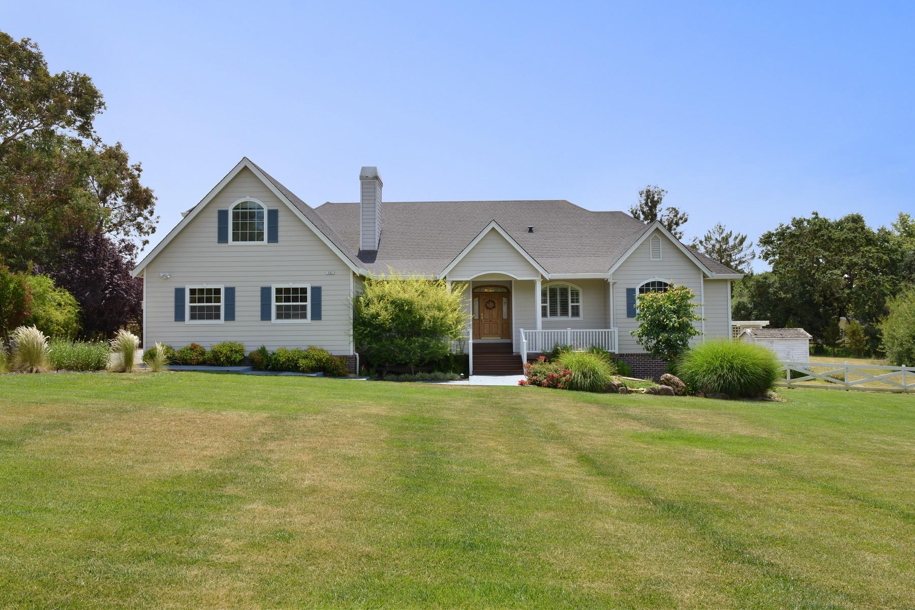 独户住宅 为 销售 在 151 Harris Hills Sebastopol, 加利福尼亚州 95472 美国