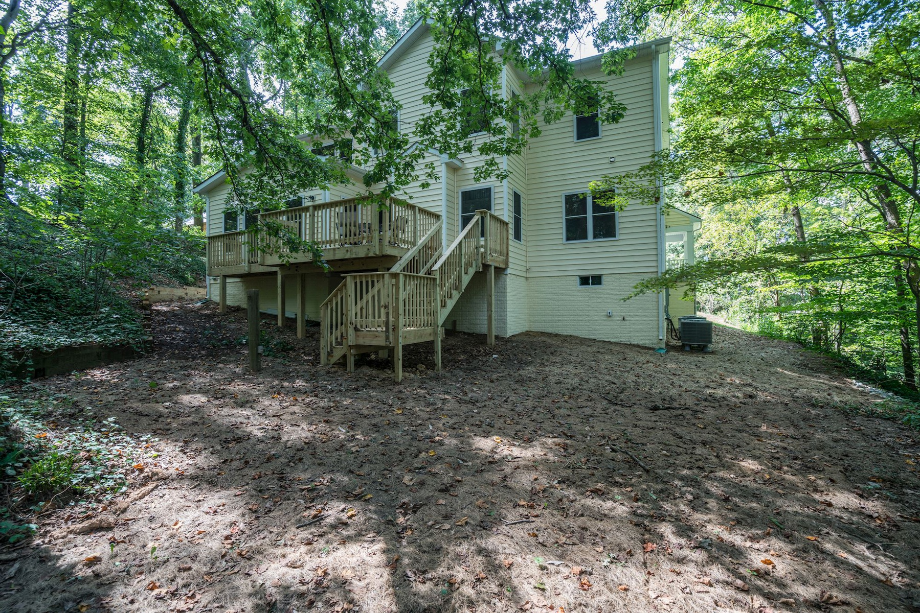 Additional photo for property listing at Lincolnia 5103 Cherokee Ave Alexandria, Virginia 22312 United States