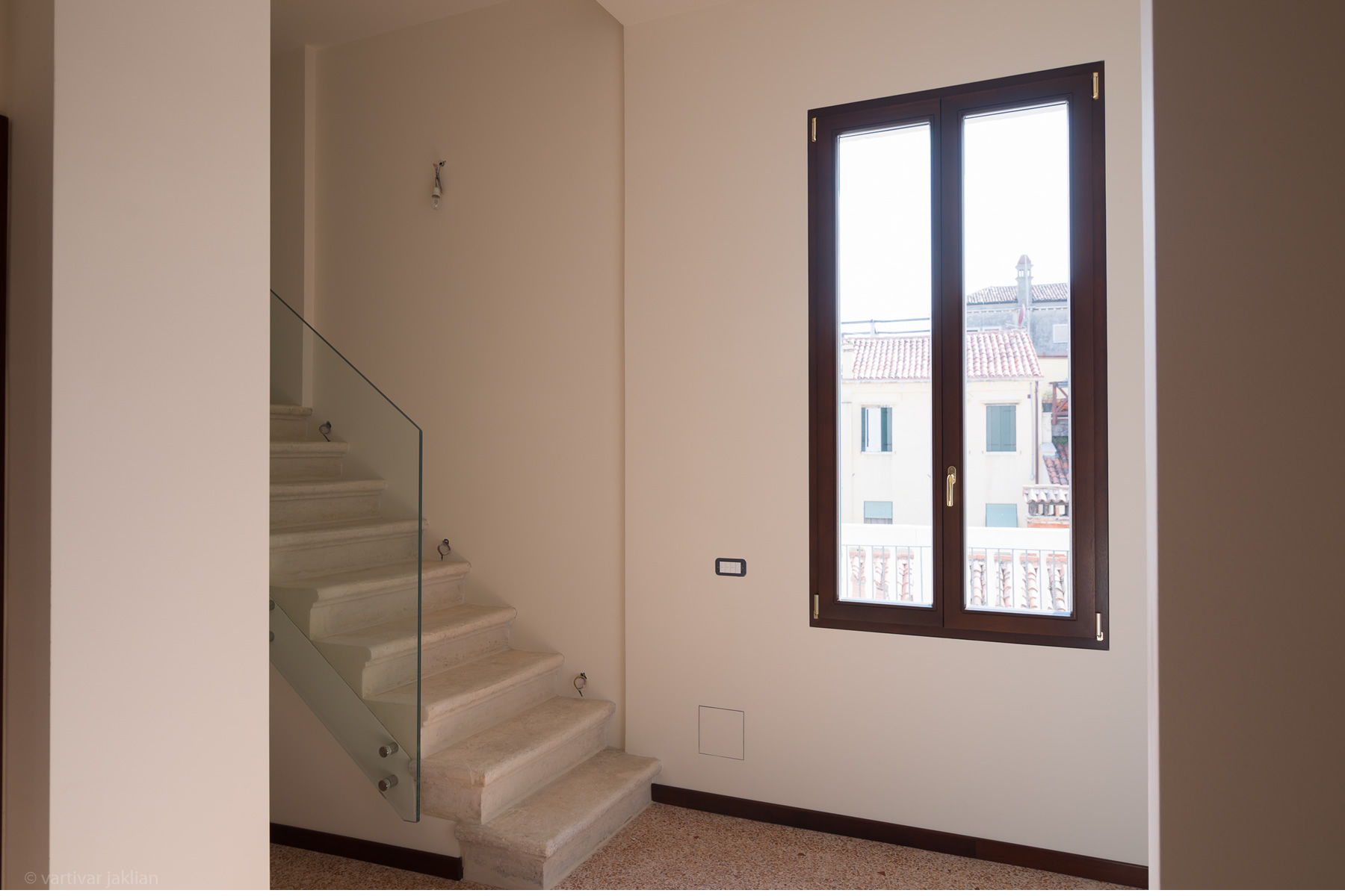 Additional photo for property listing at Salina apartment at Palazzo Garzoni Moro Venice Venice, Venice  Italie