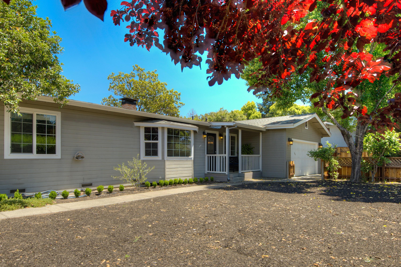Casa Unifamiliar por un Venta en Fabulous St. Helena Home 1350 Garden Avenue St. Helena, California, 94574 Estados Unidos