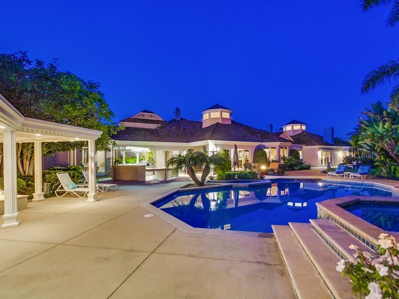 Nhà ở một gia đình vì Bán tại 9814 Black Gold La Jolla, California 92037 Hoa Kỳ
