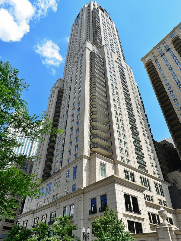 Condominium for Sale at Unparalleled Full Floor Residence 11 E Walton Street #5200 Near North Side, Chicago, Illinois 60611 United States
