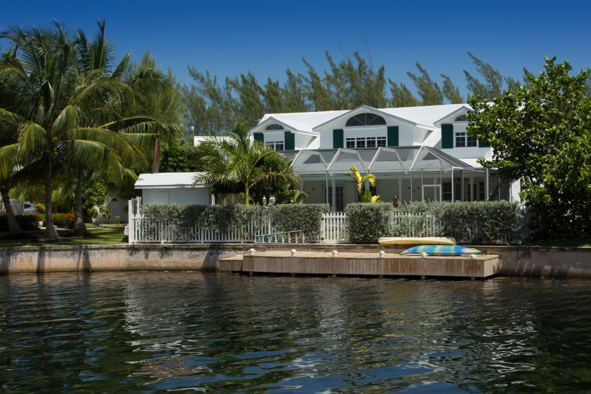 rentals property at Canal front home