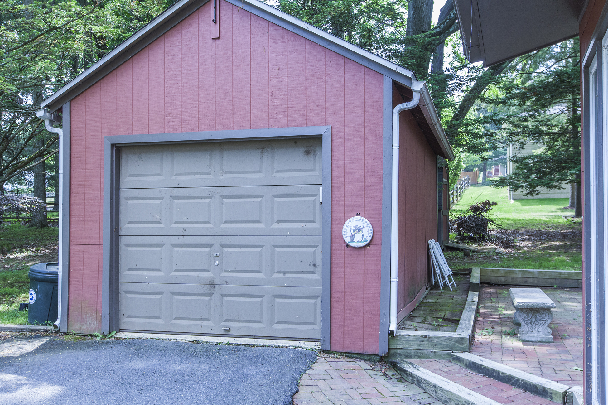 Additional photo for property listing at Charming, Steeply Gabled Home 33 Lincoln Avenue Lambertville, Nueva Jersey 08530 Estados Unidos