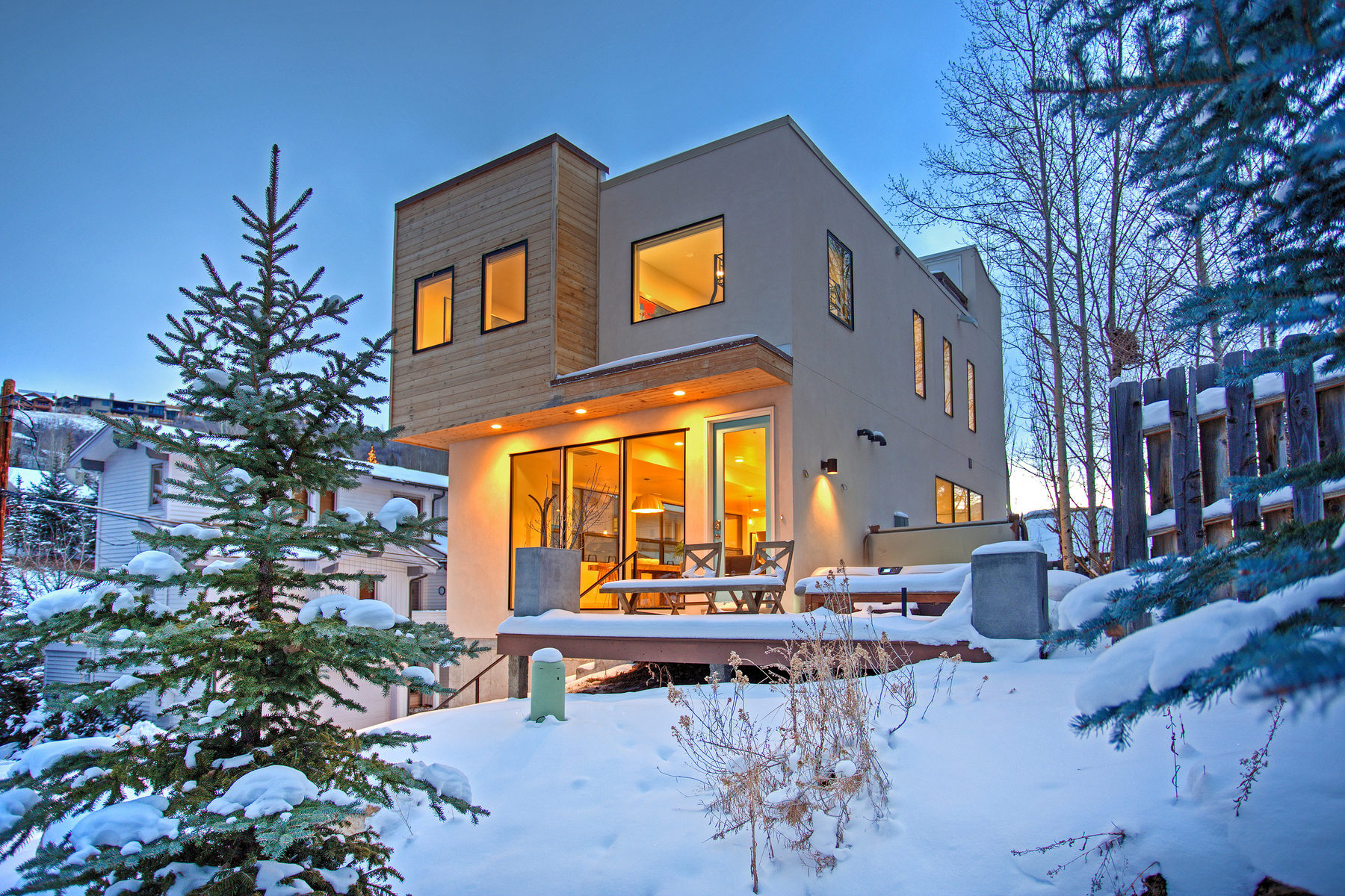 Single Family Home for Sale at Design + Location = Perfection. 597 Deer Valley Loop Dr Park City, Utah, 84060 United States