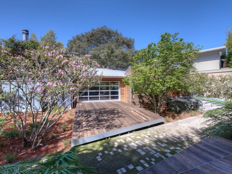 Additional photo for property listing at Tiburon's Award Winning Modern Marvel 35 Hacienda Drive Tiburon, California 94920 United States