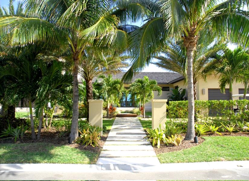 独户住宅 为 销售 在 Ocean Club Estates Ocean Club Lot #44 Paradise Island, 新普罗维登斯/拿骚 0 巴哈马