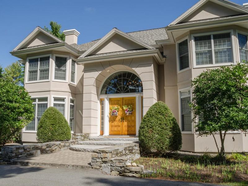 独户住宅 为 销售 在 Country Estate 432 Pond Road Manchester, 缅因州 04351 美国