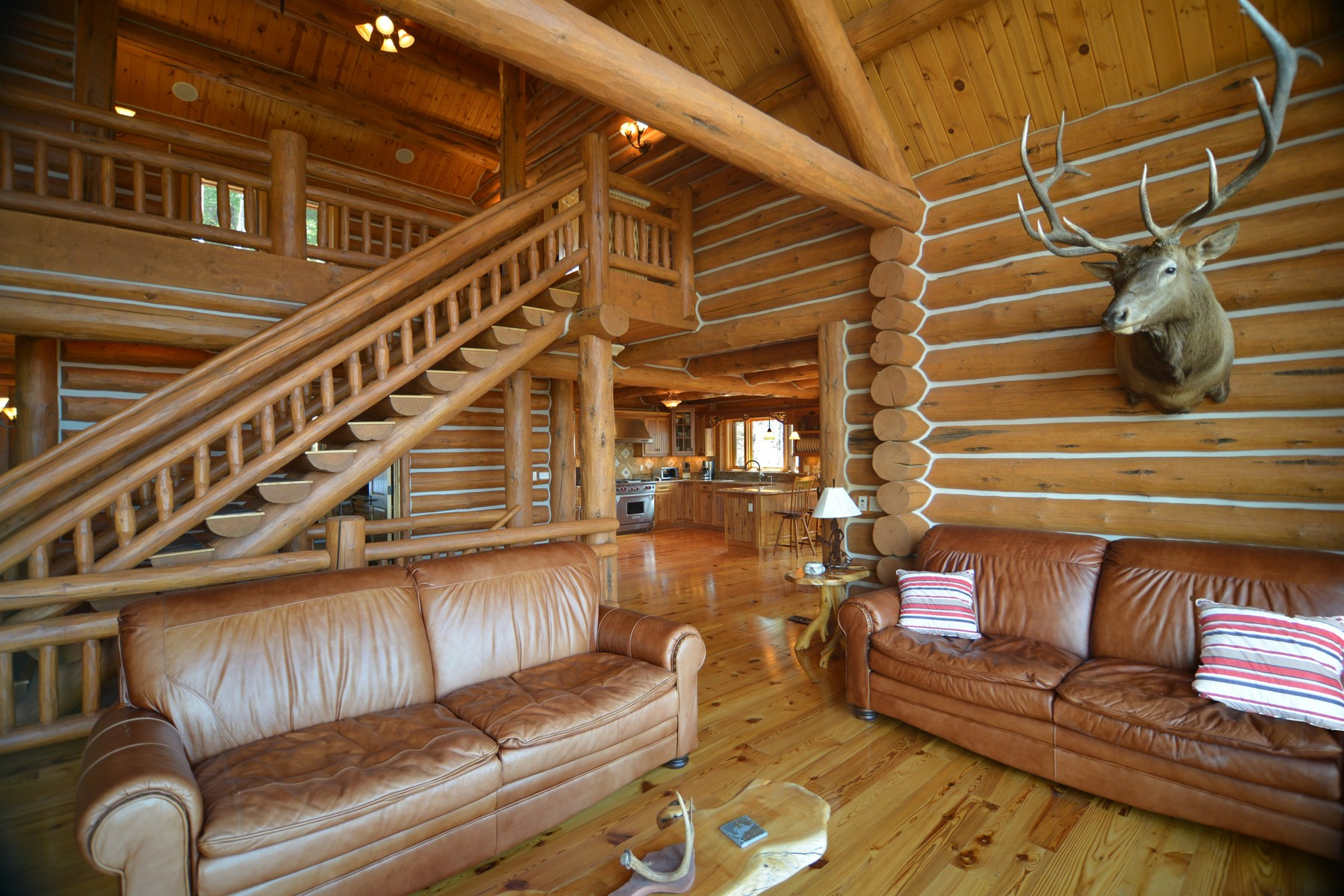 Casa Unifamiliar por un Venta en Cabin in the Woods 155 Forest Glenn Road Glenwood Springs, Colorado 81601 Estados Unidos