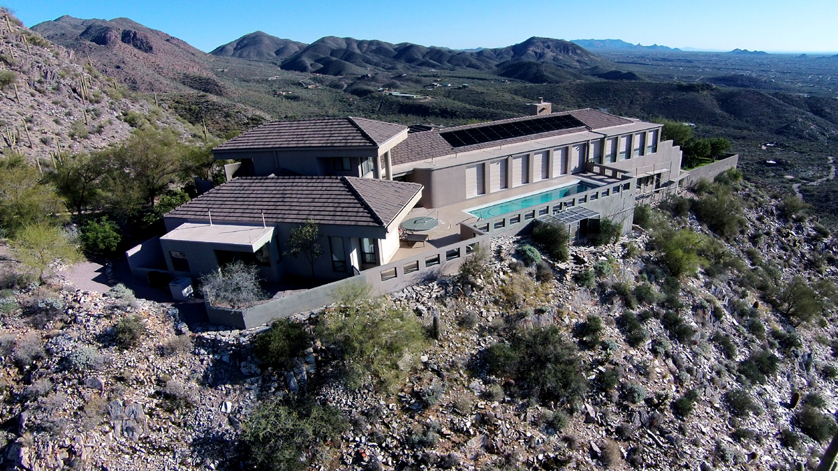 Vivienda unifamiliar por un Venta en 12 Acre Gated Mountain Estate 44019 N COTTONWOOD CANYON RD Cave Creek, Arizona 85331 Estados Unidos