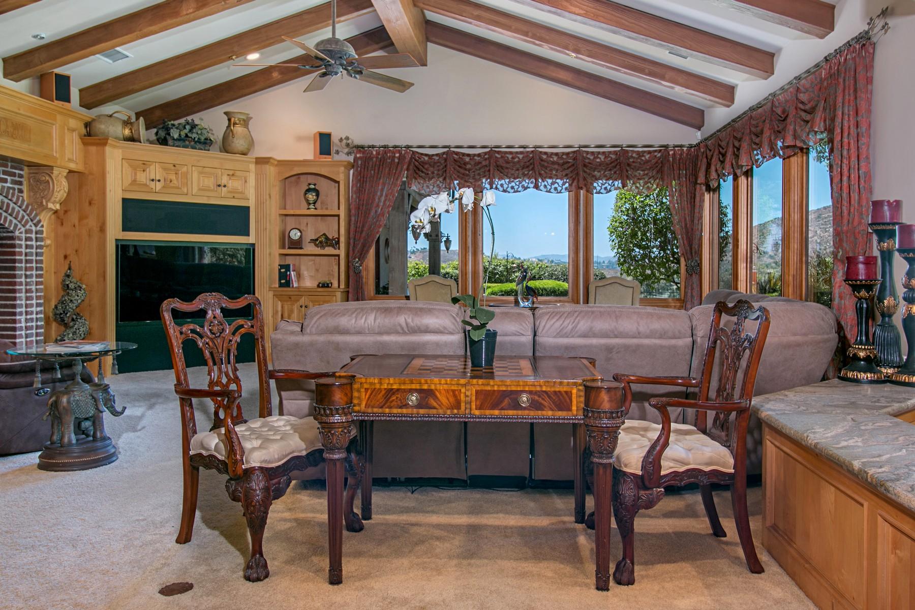 Additional photo for property listing at 14360 Cascade Crossing  Poway, California 92064 Estados Unidos