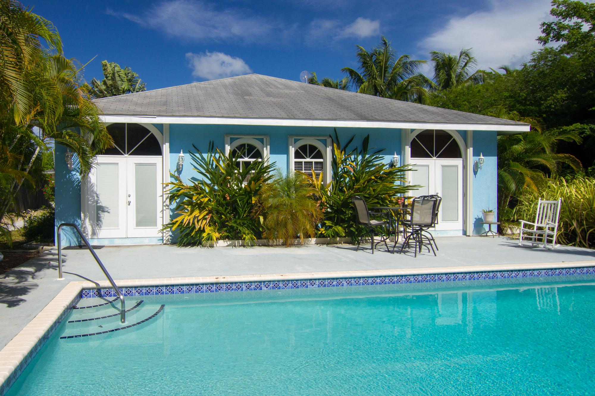 一戸建て のために 賃貸 アット Savannah rental home Candover St 69 Savannah, グランドケイマン, KY1 ケイマン諸島