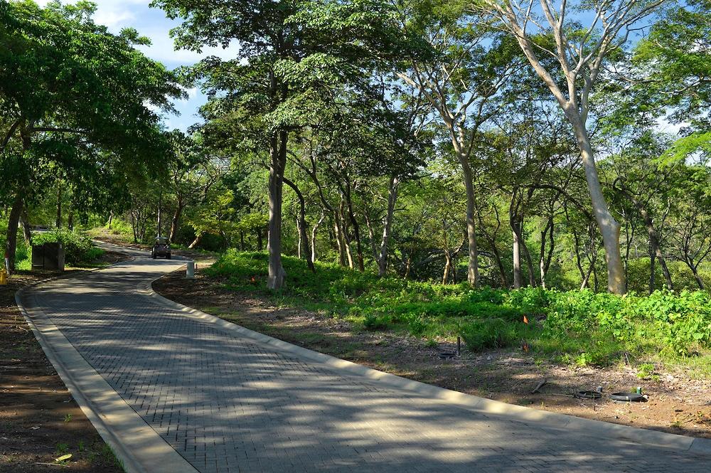 Additional photo for property listing at Bay and Marina View 302 Camino Vistas de la Bahía Peninsula Papagayo Liberia, Guanacaste 50302 Costa Rica