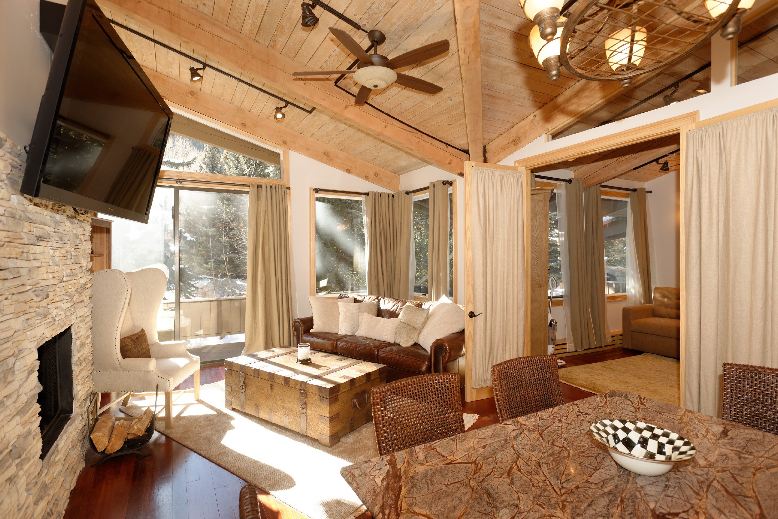 Property Of Ski-In/Ski-Out Aspen Mtn. Condo