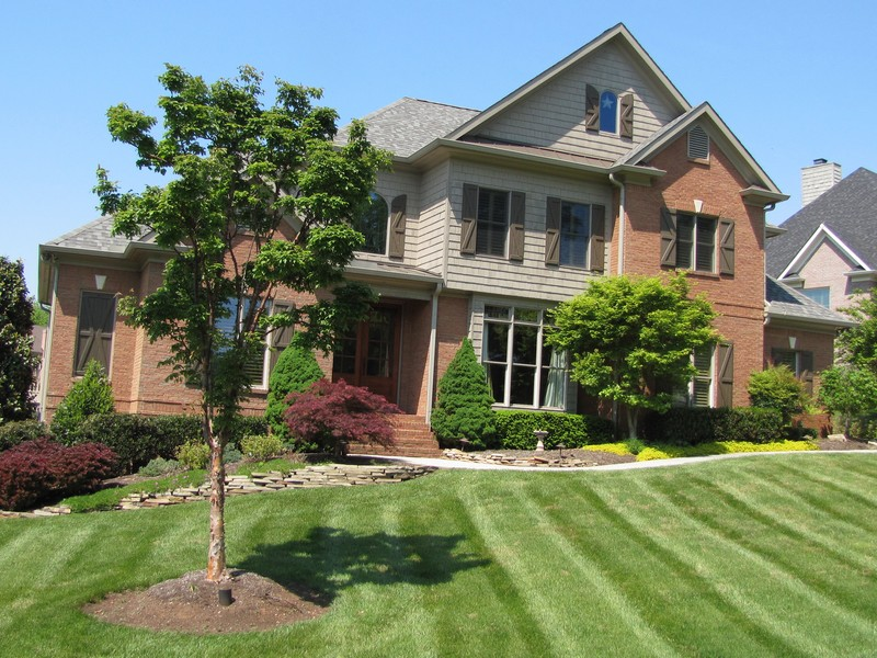 Property For Sale at Magnificient Home in Gettysvue