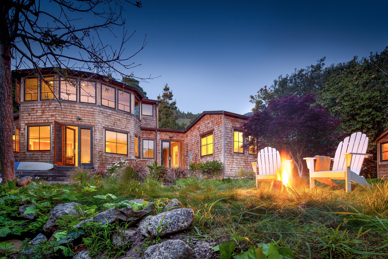 Einfamilienhaus für Verkauf beim Impeccable Modern Craftsman 215 Belvedere Ave Stinson Beach, Kalifornien, 94970 Vereinigte Staaten