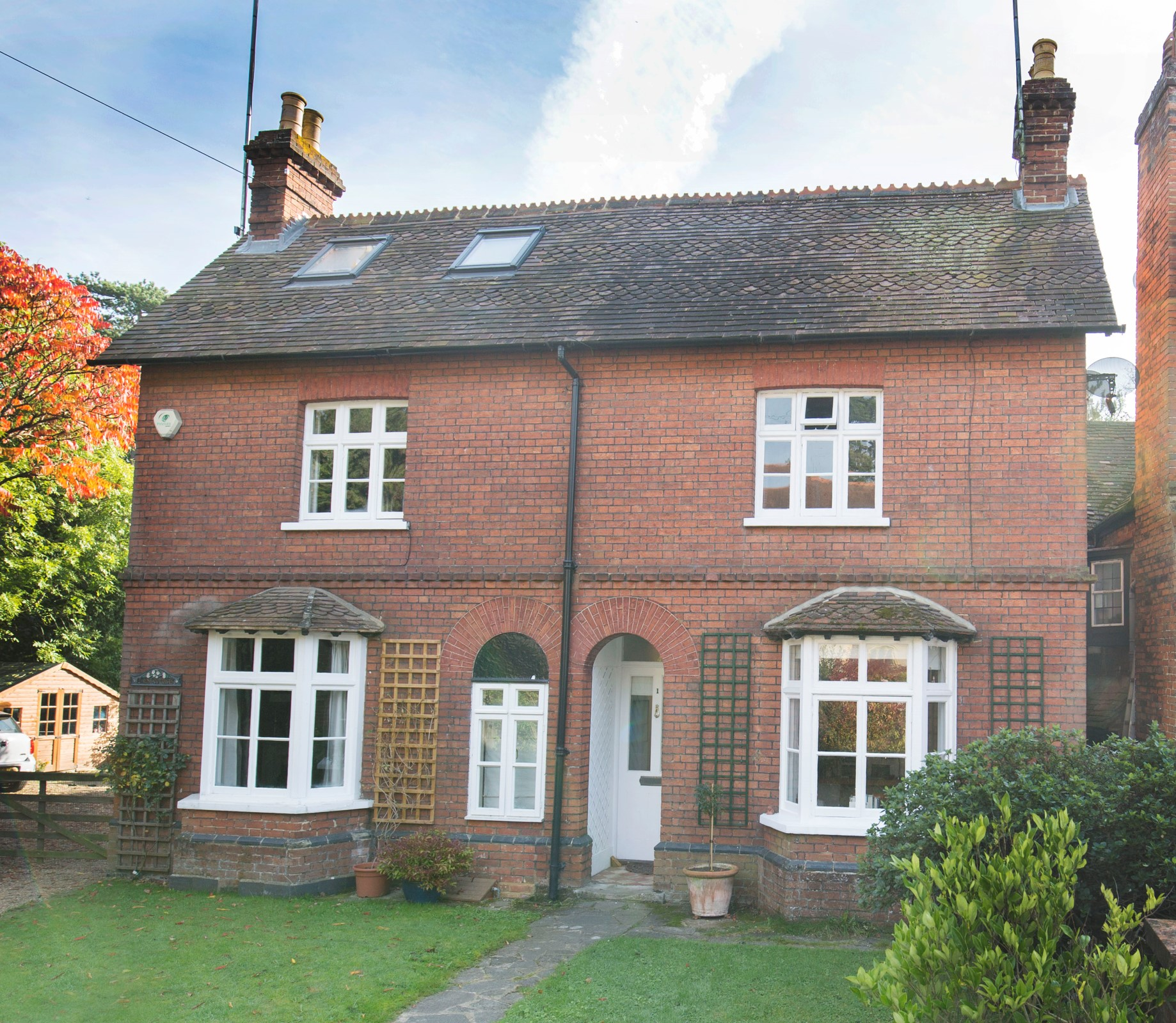 단독 가정 주택 용 매매 에 Country Cottage Rose Cottage Cobham, 영국, KT113EJ 영국