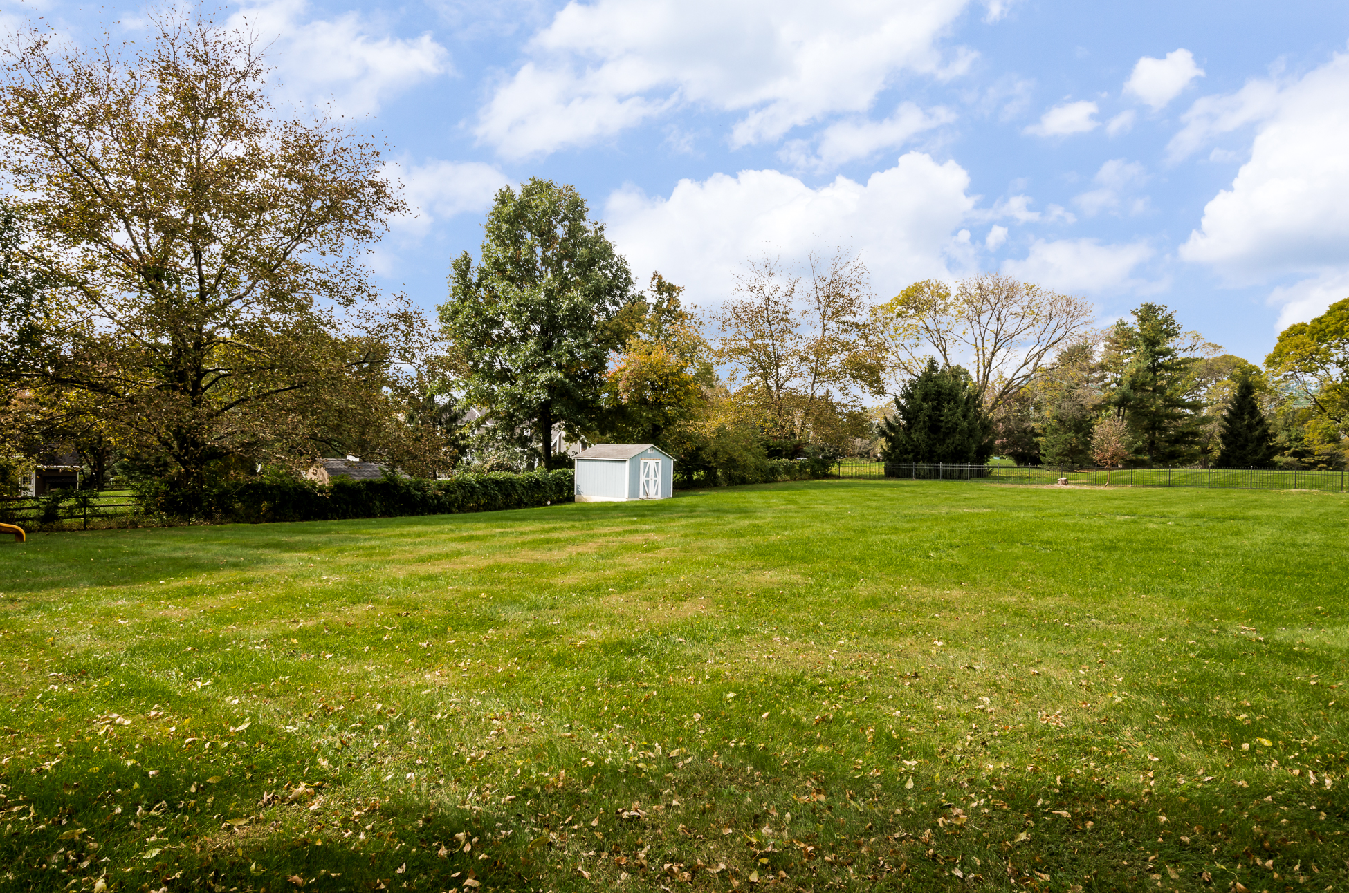 Additional photo for property listing at Be Prepared To Fall In Love - Hopewell Township 26 Meadow Lane Pennington, Нью-Джерси 08534 Соединенные Штаты