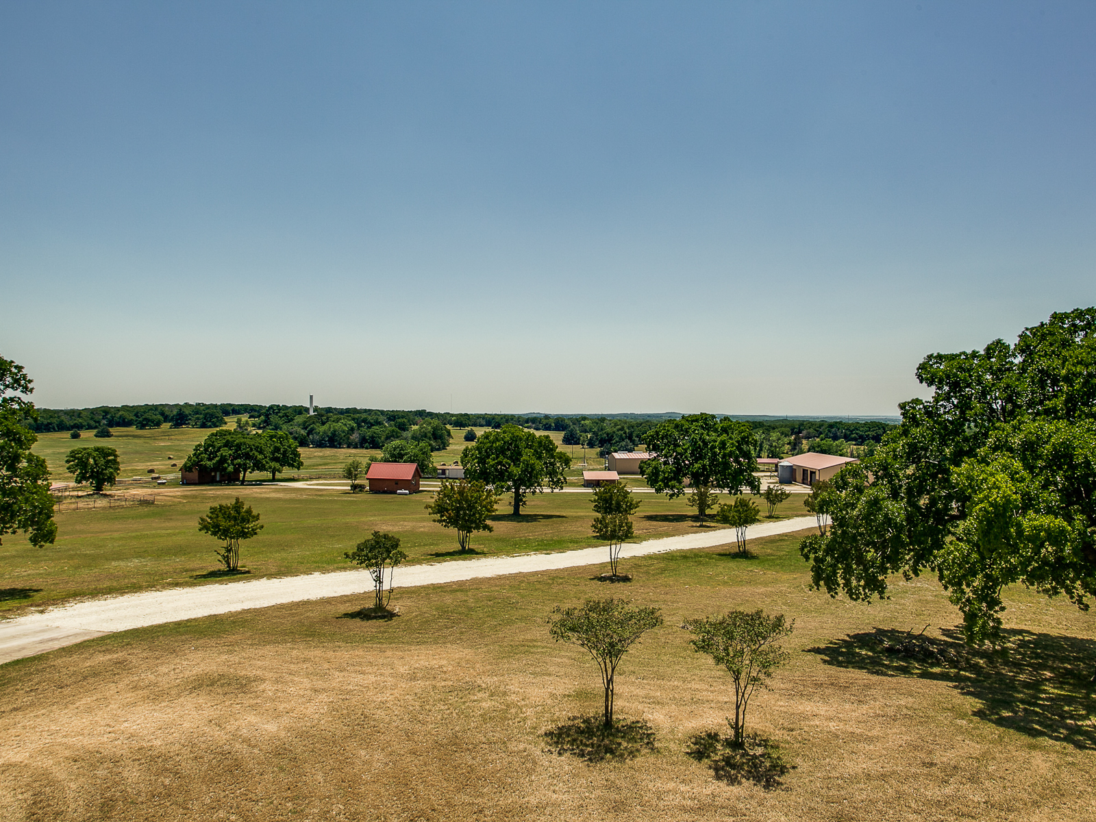 Fattoria / ranch / campagna per Vendita alle ore 122 Acre Horse Ranch 1346 Prairie Grove Road Valley View, Texas 76272 Stati Uniti