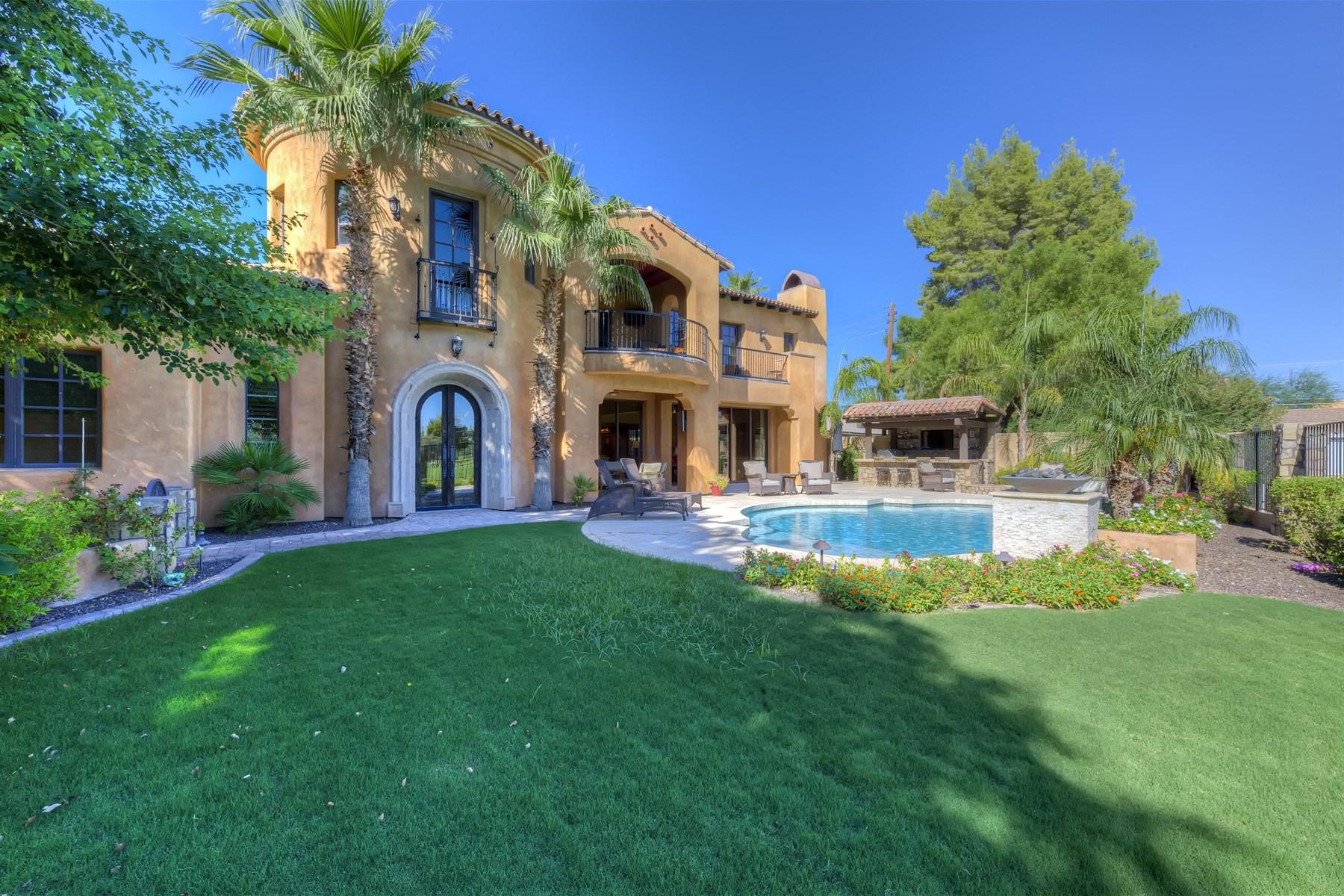 단독 가정 주택 용 매매 에 Extraordinary Home On The 15th Green Of The Arizona Country Club Golf Course 3655 N 59th Place Phoenix, 아리조나 85018 미국