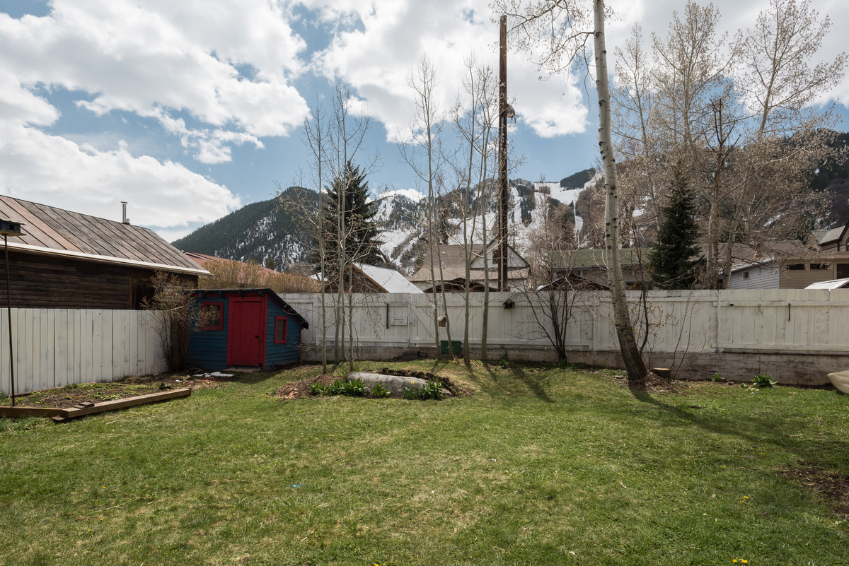 Land for Sale at Views, Convenience and Charm 209 E Bleeker Street West End, Aspen, Colorado 81611 United States