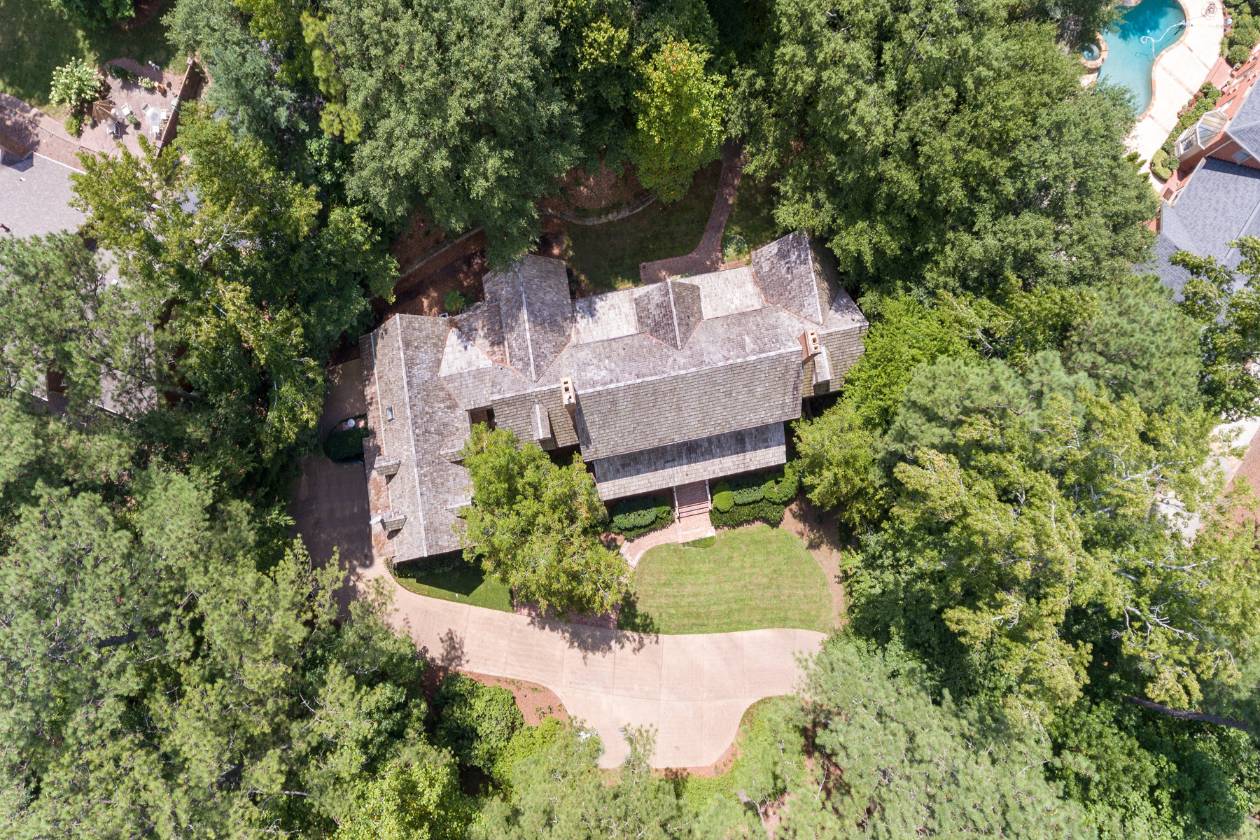 Additional photo for property listing at Sophisticated Virginia Country Home 4550 Polo Lane SE Atlanta, Georgië 30339 Verenigde Staten